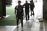 15.04.2018, VELTINS Arena, Gelsenkirchen, Deutschland, GER, 1. FBL, FC Schalke 04 vs. Borussia Dortmund, im Bild Team BVB trifft im Stadion ein / Michy Batshuayi (#44 Dortmund)<br /> <br /> Foto &copy; nordphoto / Kurth