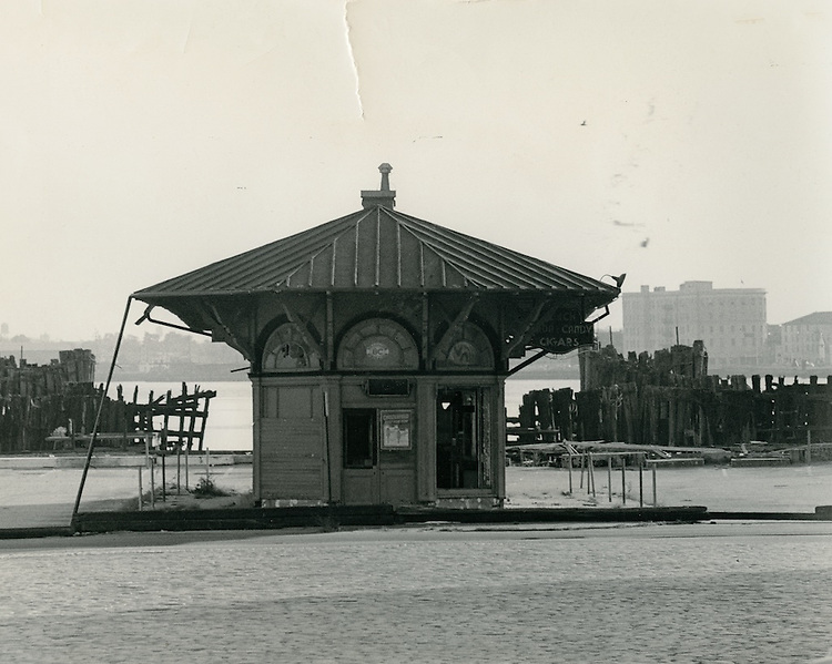 1964  November  15..Historical         ..FERRY TERMINAL..VP Jim Robbins.NEG# MDA70-66-1.2026A..