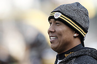 PITTSBURGH, PA - OCTOBER 30:  Hines Ward #86 of the Pittsburgh Steelers watches his team warm up prior to the game against the New England Patriots on October 30, 2011 at Heinz Field in Pittsburgh, Pennsylvania.  (Photo by Jared Wickerham/Getty Images)