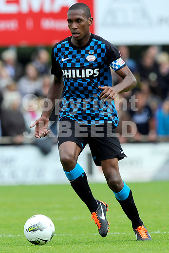STAPHORST - Staphorst = PSV voorbereiding seizoen 2011-2012 02-07-2011  PSV speler Adriano Marcelo