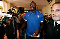 Il velocista giamaicano Usain Bolt arriva ad una conferenza stampa a Roma, 24 maggio 2011, in occasione della sua partecipazione al Compeed Golden Gala Diamond League di atletica leggera in programma allo stadio Olimpico il 26 maggio..Jamaican sprinter Usain Bolt arrives for a press conference in Rome, 24 may 2011, ahead of his taking part to the athletics Compeed Golden Gala Diamond League meeting scheduled at the Olympic stadium on may 26..UPDATE IMAGES PRESS/Riccardo De Luca
