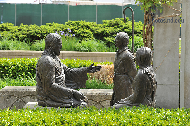 Christ the Teacher statue