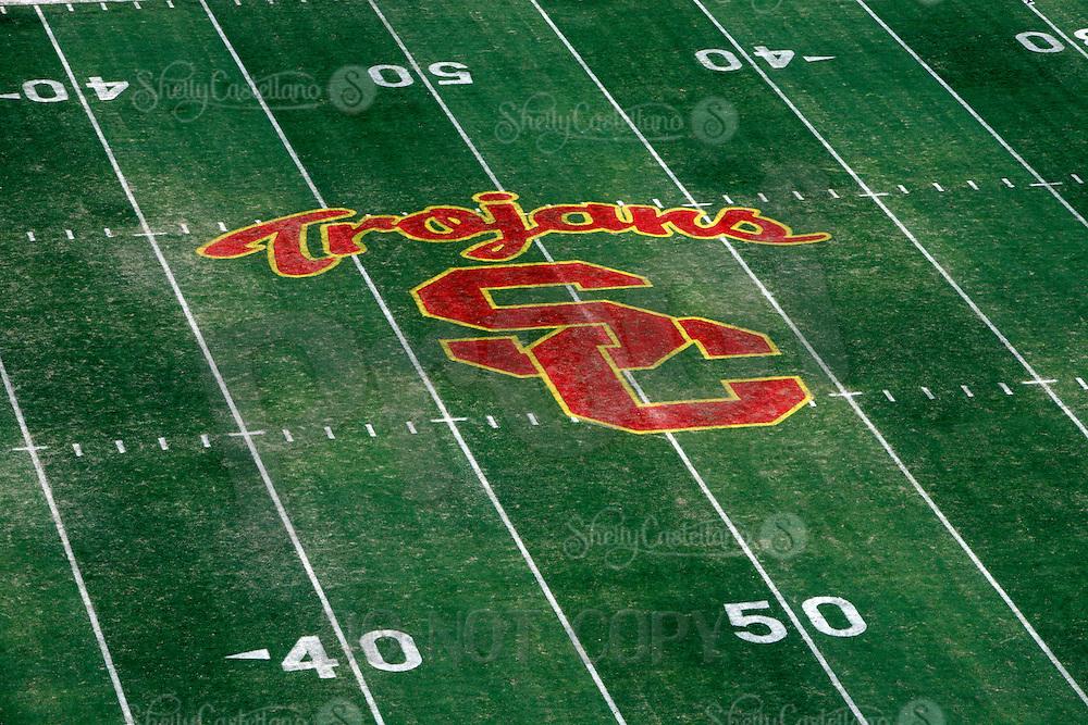 Usc Trojans Logo On The Football Field Photographer Shelly