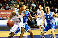 GRONINGEN - Basketbal, Donar - Landstede Martiniplaza, Dutch Basketbal League, seizoen 2018-2019, 06-12-2018, Donar speler Jason Dourisseau met Landstede speler Nigel van Oostrum
