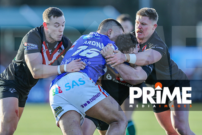 Match action during the Betfred Super League match between London Broncos and Wakefield Trinity at Castle Bar , West Ealing , England on 3 February 2019. Photo by David Horn.