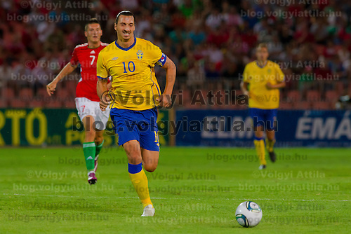 Sweden's Zlatan Ibrahimovic (front) leads the ball during the UEFA EURO 2012 Group E qualifier Hungary playing against Sweden in Budapest, Hungary on September 02, 2011. ATTILA VOLGYI
