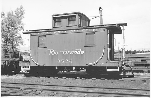 Short caboose #0524.<br /> D&amp;RGW    Taken by Darrell, Paul