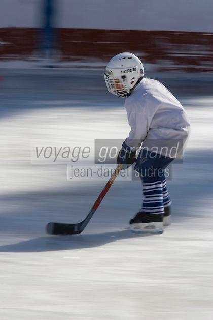Europe/France/Rhone-Alpes/74/Haute-Savoie/Megève : Ecole de hockey sur glace à la patinoire de Megève