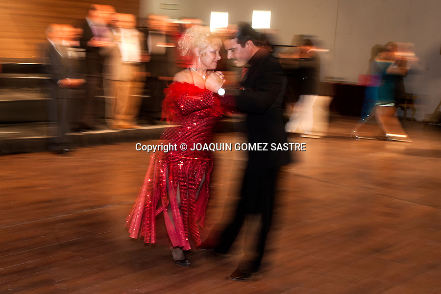Exhibition of dance partners DURING A TRIBUTE TO TANGO<br />  PHOTO &copy; JOAQUIN GOMEZ  SASTRE