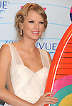 UNIVERSAL CITY, CA - JULY 22: Taylor Swift  poses in the press room at the 2012 Teen Choice Awards at Gibson Amphitheatre on July 22, 2012 in Universal City, California.