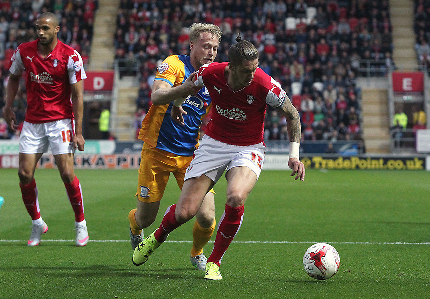 Rotherham United's Greg Halford under pressure from Preston North End's Tom Clarke<br /> <br /> Photographer Rich Linley/CameraSport<br /> <br /> Football - The Football League Sky Bet Championship - Rotherham United v Preston North End - Tuesday 18th August 2015 - New York Stadium - Rotherham<br /> <br /> &copy; CameraSport - 43 Linden Ave. Countesthorpe. Leicester. England. LE8 5PG - Tel: +44 (0) 116 277 4147 - admin@camerasport.com - www.camerasport.com