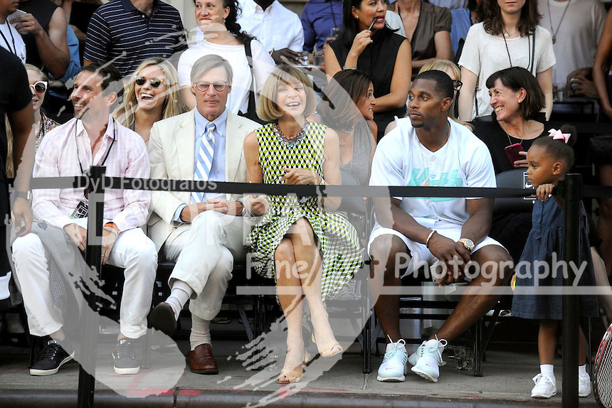 Shelby Bryan, Anna Wintour and Victor Cruz attending Nike's 'NYC Street Tennis' event on August 24, 2015 in New York City