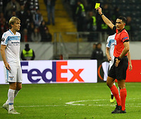 Gelb-Rot für Dusan Basta (Lazio Rom) - 04.10.2018: Eintracht Frankfurt vs. Lazio Rom, UEFA Europa League 2. Spieltag, Commerzbank Arena, DISCLAIMER: DFL regulations prohibit any use of photographs as image sequences and/or quasi-video.