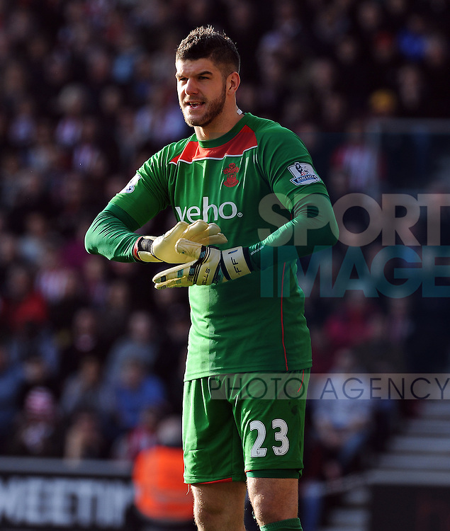 Fraser Forster of Southampton<br /> - Barclays Premier League - Southampton vs Manchester City - St Mary's Stadium - Southampton - England - 30th November 2014 - Pic Robin Parker/Sportimage
