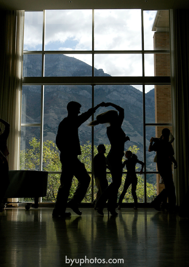 ".""A Day in the Life of BYU""..9/22/04..Intermediate Social Dance Class, Dance 280, East Ballroom, WSC. ..For individual capitons, contact Betsy Passmore  at 785-2582..Photo by Jaren Wilkey/BYU..Copyright BYU PHOTO 2004.photo@byu.edu  801-422-7322.0409-44 Ballroom Class...."