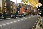 2019-11-17 Fulham 10k 034 SGo Finish rem