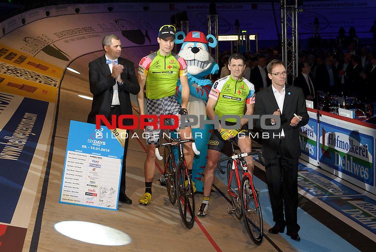 09.01.2014, &Ouml;VB Arena, Bremen, GER, Sixdays Bremen, im Bild Nico He&szlig;lich / Milan Kadlec (Team leasing e bike #8)<br /> <br /> Foto &copy; nordphoto / Frisch