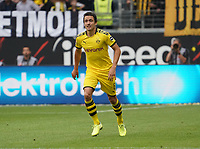 Thomas Delaney (Borussia Dortmund) - 22.09.2019: Eintracht Frankfurt vs. Borussia Dortmund, Commerzbank Arena, 5. Spieltag<br /> DISCLAIMER: DFL regulations prohibit any use of photographs as image sequences and/or quasi-video.