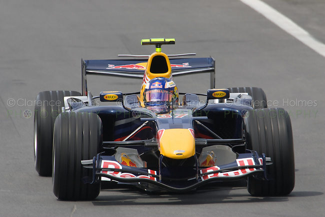 MONTREAL - JUNE 23: Test driver Robert Doornbos of Red Bull Racing on the track during the second practice session on the Friday prior to race weekend of the Canadian F1 Grand Prix at the Circuit Gilles-Villeneuve June 23, 2006 in Montreal, Canada.