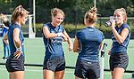 UTRECHT  - training dames I van Kampong, voor het begin van de hoofdklassecompetitie. Margot Zuidhof (Kampong) met oa Jutta van Crevel (Kampong) , Renee van Laarhoven (Kampong) )    COPYRIGHT  KOEN SUYK,