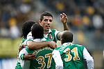 Nederland, Kerkrade, 2 november 2008 .Eredivisie .Seizoen 2008-2009 .Roda JC-Feyenoord (4-0) .Spelers van Feyenoord omhelzen elkaar na een doelpunt. V.l.n.r.: Wijnaldum, Biseswar, Makaay en Tiendalli.