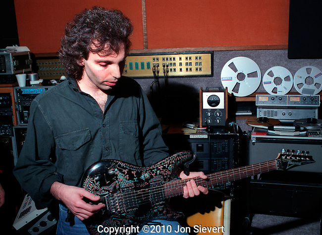 "Joe Satriani recording ""Flying in a Blue Dream."""