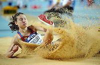ISTAMBUL, TURQUIA, 10 DE MARCO 2012 - MUNDIAL DE ATLETISMO INDOOR -  Elena Sokolova atleta da Russia compete na qualificacao para mulheres no salto em distancia no Campeonato Mundial de Atletismo Indoor na Atakoy Arena, em Istambul na Turquia, neste sabado, 10. (FOTO: CHRISTIAN CHARISIUS / BRAZIL PHOTO PRESS).