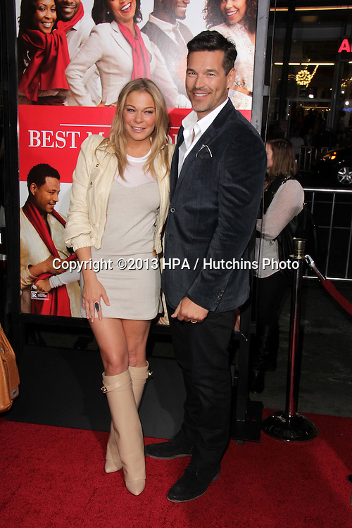 "LOS ANGELES - NOV 5:  Leann Rimes, Eddie Cibrian at the ""The Best Man Holiday"" World Premiere at TCL Chinese Theater on November 5, 2013 in Los Angeles, CA"