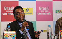 SAO PAULO, SP, 11 DE JUNHO 2013 - PELE - Edson Arantes do Nascimento, o Pelé durante lancamento do projeto brasil um pais um mundo chancelado pelo plano de promoção do Brasil na Copa de 2014 no Estadio do Morumbi regiao sul da cidade de São Paulo na manha desta terça-feira, 11. FOTO: WILLIAM VOLCOV - BRAZIL PHOTO PRESS.
