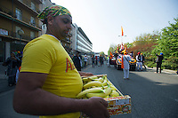 BAISAKHI FEST 2015 NELLA FOTO CIBO IN CORTEO RELIGIONE BRESCIA 11/04/2015 FOTO MATTEO BIATTA<br /> <br /> BAISAKHI FEST 2015 IN THE PICTURE FOOD IN CORTEGE RELIGION BRESCIA 11/04/2015 PHOTO BY MATTEO BIATTA