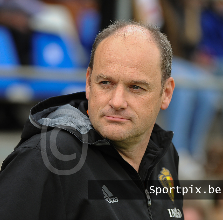 20170314 - UDEN , NETHERLANDS : Belgian coach Bob Browaeys pictured during the UEFA Under 17 Elite round game between The Netherlands U17 and Belgium U17, on the first matchday in group 5 of the Uefa Under 17 elite round in The Netherlands , tuesday 14 th March 2017 . PHOTO SPORTPIX.BE | DIRK VUYLSTEKE
