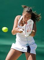 1-7-08, England, Wimbledon, Tennis, Lesley Kerkove