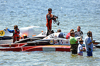 "Andrew Tate, A-25 ""Fat Chance"" and Alexis Weber, A-7 ""Southern Magic"" prepare to race. (2.5 MOD class hydroplane(s)"