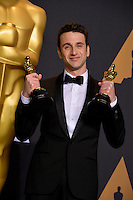 Justin Hurwitz in the photo room at the 89th Annual Academy Awards at Dolby Theatre, Los Angeles, USA 26 February  2017<br /> Picture: Paul Smith/Featureflash/SilverHub 0208 004 5359 sales@silverhubmedia.com