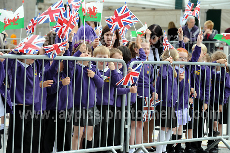 Jeff Thomas Photography<br /> www.jaypics.photoshelter.com<br /> e-mail swansea1001@hotmail.co.uk<br /> Mob: 07837 386244<br /> <br /> The visit of HRH Prince Charles to Ebbw Fawr school in Blaenau Gwent, South Wales