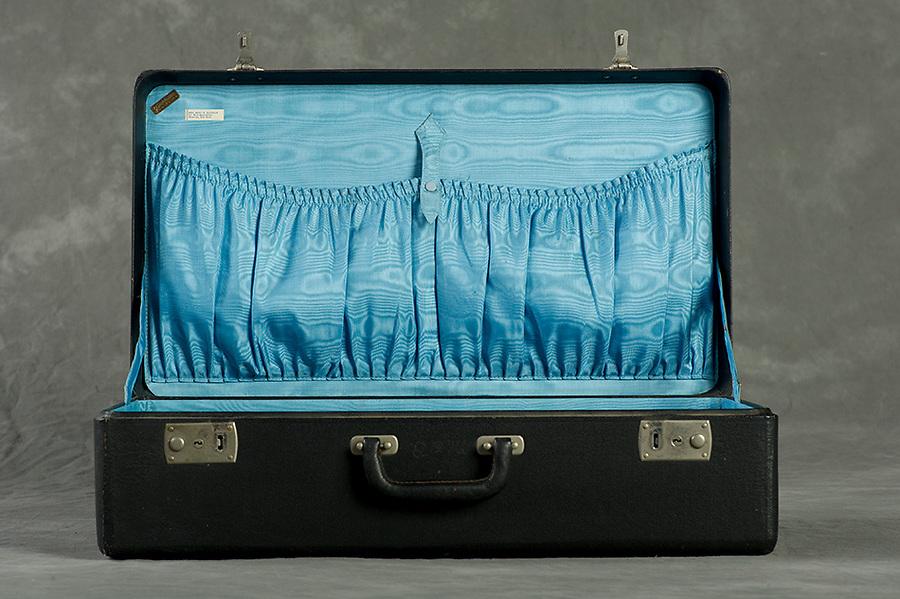 Willard Suitcases / Mary E B / ©2013 Jon Crispin