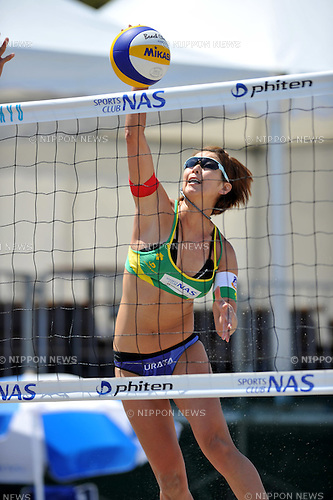 Satoko Urata , (JPN),.MAY 5, 2012 - Beach Volleyball : JBV Tour 2012 Sports Club NAS Open at Odaiba Beach, Tokyo, Japan. (Photo by Jun Tsukida/AFLO SPORT) [0003].