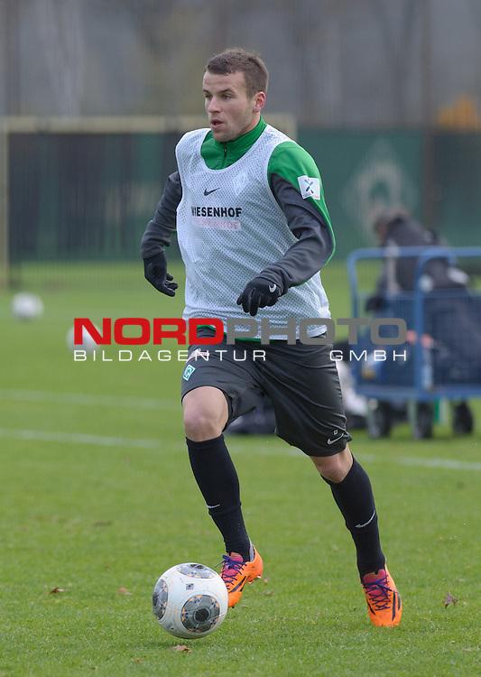 27.11.2013, Trainingsgelaende, Bremen, GER, 1.FBL, Training Werder Bremen, im Bild Lukas Schmitz (Bremen #13)<br /> <br /> Foto &copy; nph / Frisch