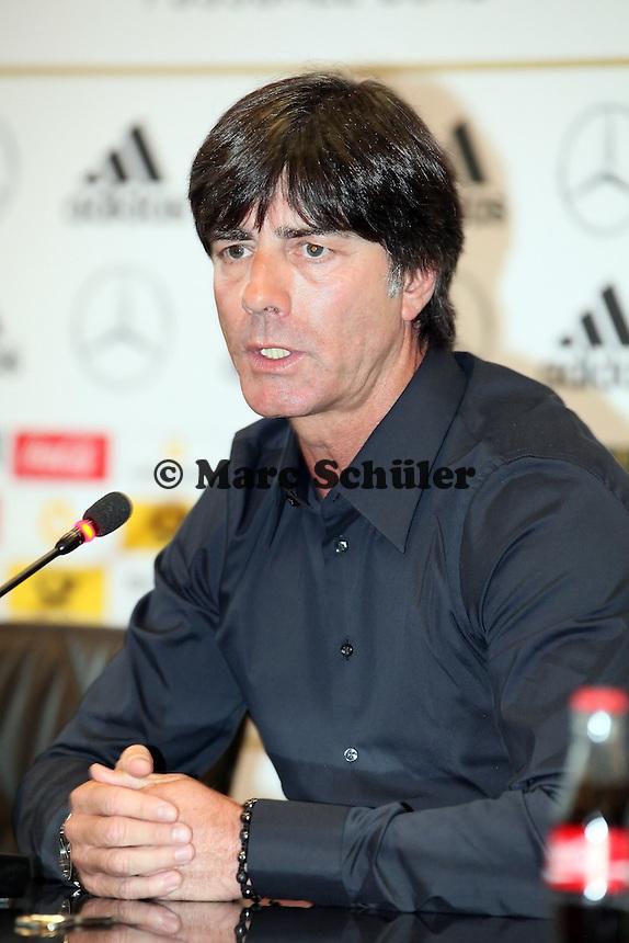Bundestrainer Joachim Loew (D)