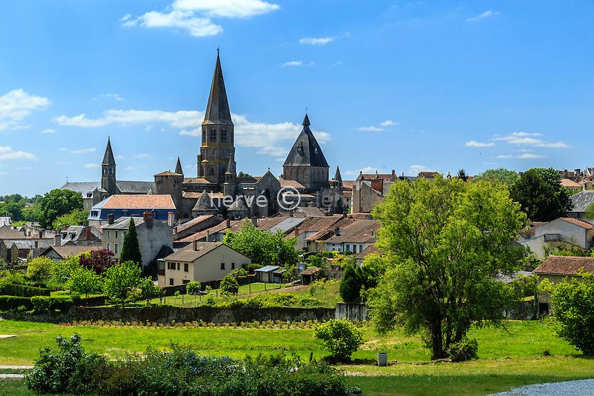 France, Haute-Vienne (87), le Dorat // France, Haute Vienne, le Dorat