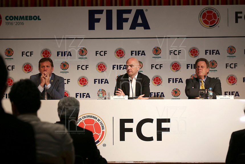 BOGOTA - COLOMBIA -31 - 03 - 2016: Gianni Infantino, Presidente de la FIFA , asiste a una conferencia de prensa, en la sede de la Federacion Colombiana de Futbol. Con el reto de cambiar la imagen de la FIFA, golpeado por un escándalo de corrupción en la institución, Infantino hizo una gira por América del Sur, la primera desde que asumió el mando del mundo órgano de gobierno del fútbol, que incluía Colombia, Bolivia, Paraguay y Uruguay. / Gianni Infantino, President of FIFA, attends a press conference at the headquarters of the Colombian Football Federation. With the challenge of changing the image of FIFA, hit by a corruption scandal in the institution, Infantino toured South America, the first since he assumed command of the world governing body of football, including Colombia, Bolivia , Paraguay and Uruguay. / Photo: VizzorImage / Ivan Valencia / Cont.