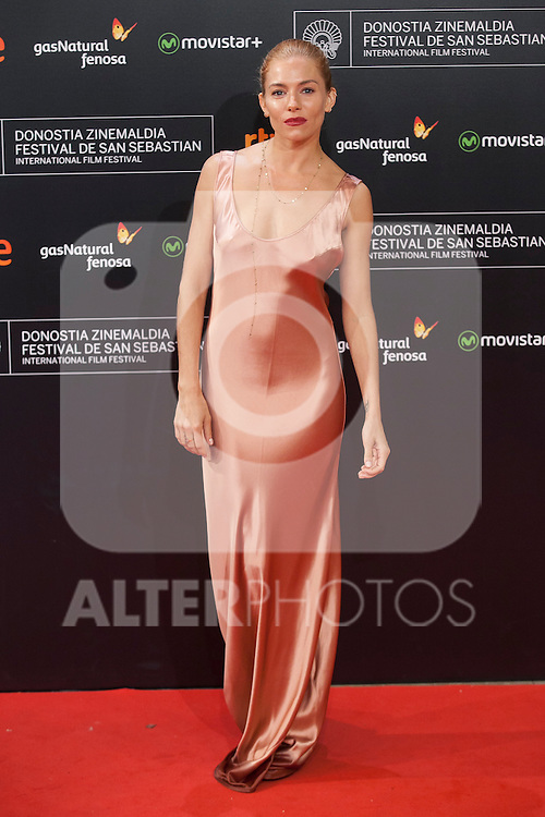 US actress Sienna Miller arrives to `High Rise´ film premiere during 63rd Donostia Zinemaldia (San Sebastian International Film Festival) in San Sebastian, Spain. September 22, 2015. (ALTERPHOTOS/Victor Blanco)