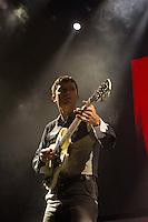 SÃO PAULO - 30/09/2014 - FRANZ FERDINAND - ESPAÇO DAS AMÉRICAS - A banda escocesa Franz Ferdinand se apresentou hoje, dia 30 de setembro no Espaço da Américas em na zona oesta da cidade de São Paulo.<br /> Eles voltaram ao Brasil para divulgar o álbum Right Thoughts, Right Words, Right Action, lançado no ano passado. A banda mantém uma relação estreita com o público brasileiro, sendo 2014 o terceiro ano seguido em que o grupo escocês toca no país (a banda se apresentou no Lollapalooza de 2013 e no Cultura Inglesa Festival de 2012). Esta está sendo a sétima excursão do grupo pelo Brasil, no total.<br /> Foto: (Flavio Hopp/Brazil Photo Press)