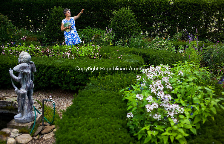 Bethlehem, CT- 09 August 2015-080915CM08- Country Life Only Please----  Interpreter Mary DuLude talks about the grounds at Bellamy-Ferriday House and Garden in Bethlehem on Sunday August, 09 2015.     Christopher Massa Republican-American