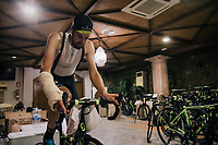victim of an early season crash, Sam Bewley (NZL/Michelton-Scott) trains indoor on the rollers during the Michelton-Scott training camp in Almeria, Spain / february 2018