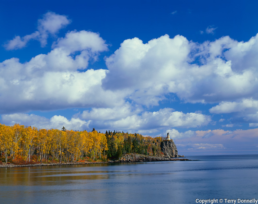 Split Rock Lighthouse State Park, MN  <br /> Split Rock Lighthouse stands above Lake Superior and the fall colors of the North Shore