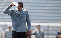 HEMPFIELD TOWNSHIP, PA - AUGUST 20:  Terrelle Pryor cools off by dumping water on his face during his pro day at a practice facility on August 20, 2011 in Hempfield Township, Pennsylvania.  (Photo by Jared Wickerham/Getty Images)