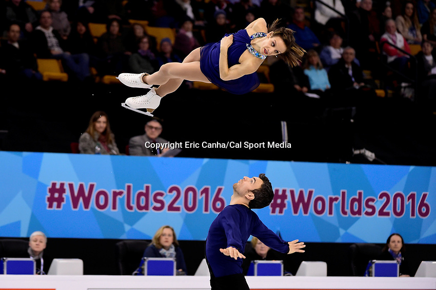Saturday, April 2, 2016: Meagan Duhamel and Eric Radford (CAN) skate in the Pairs Free Skate Program at the International Skating Union World Championship held at TD Garden, in Boston, Massachusetts. Duhamel and Radford win the 2016 ISU World Figure Skating Pairs Championship. Eric Canha/CSM