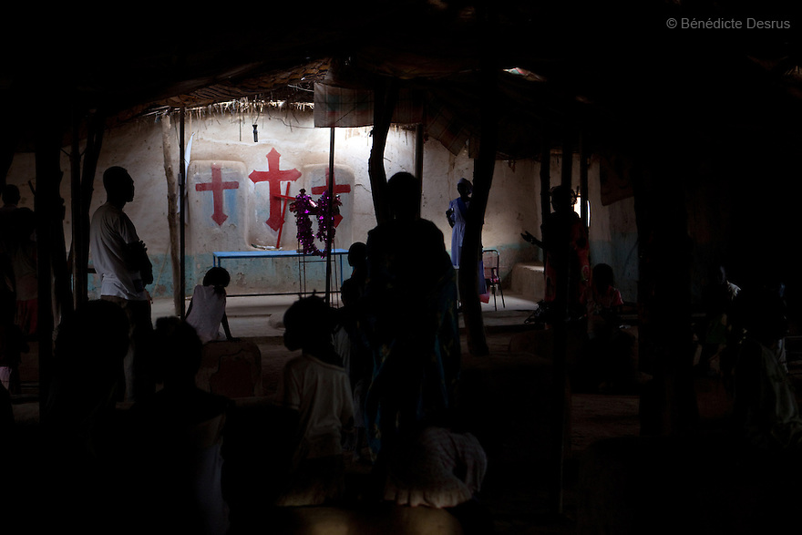 5 january 2011 - Khartoum, Sudan - Southern Sudanese people in the north during a service in a church in Soba, Khartoum. Many people in the community are preparing to leave for the South. The referendum, guaranteed by a 2005 peace deal between north and south which ended Africa's longest civil war, is forecast to result in secession, but exactly how the two countries will begin to disentangle their economies, resources and people is far from clear. Photo credit: Benedicte Desrus