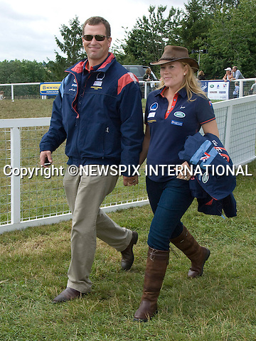 "PETER PHILLIPS AND HEAVILY PREGNANT AUTUMN KELLY_.at the Gatcombe Horse Trials, Gatcombe_07/10/2010.The baby, the Queen's first great- grandchild is expected to be born this winter..Mandatory Credit Photo: ©NEWSPIX INTERNATIONAL..**ALL FEES PAYABLE TO: ""NEWSPIX INTERNATIONAL""**..IMMEDIATE CONFIRMATION OF USAGE REQUIRED:.Newspix International, 31 Chinnery Hill, Bishop's Stortford, ENGLAND CM23 3PS.Tel:+441279 324672  ; Fax: +441279656877.Mobile:  07775681153.e-mail: info@newspixinternational.co.uk"